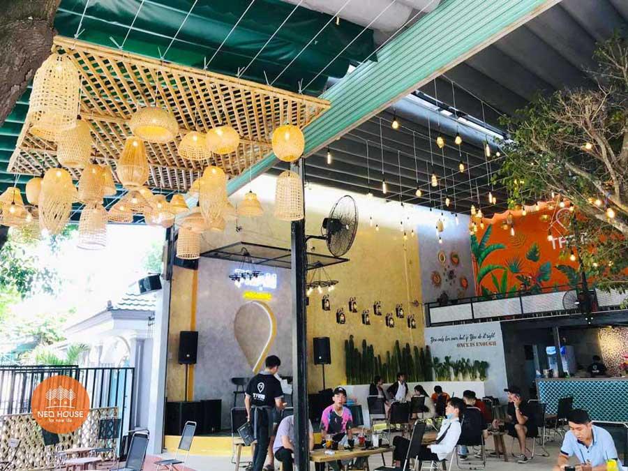 Hình thực tế thi công hoàn thiện quán cafe sân vườn đơn giản. Ảnh 3