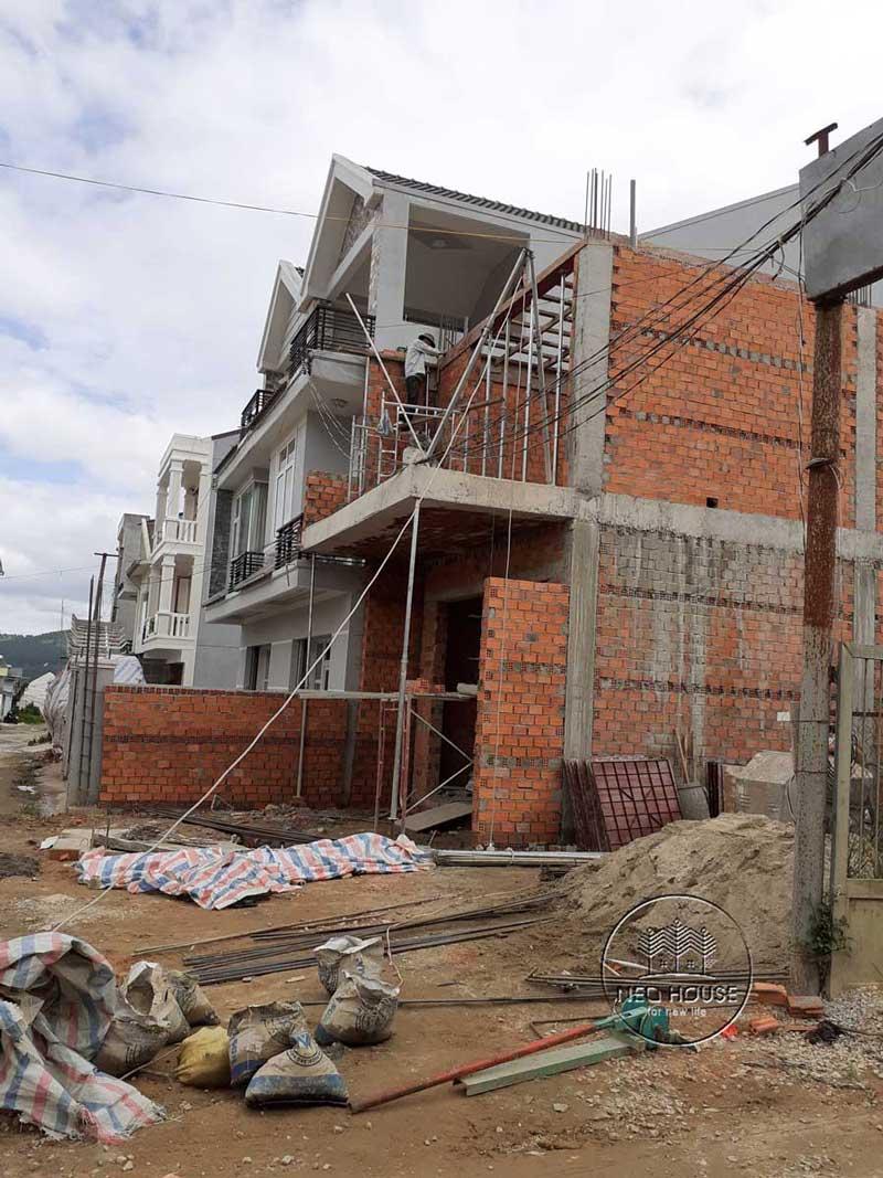 Thi công nhà phố trọn gói với công đoạn chuẩn bị nguyên vật liệu. Ảnh 3