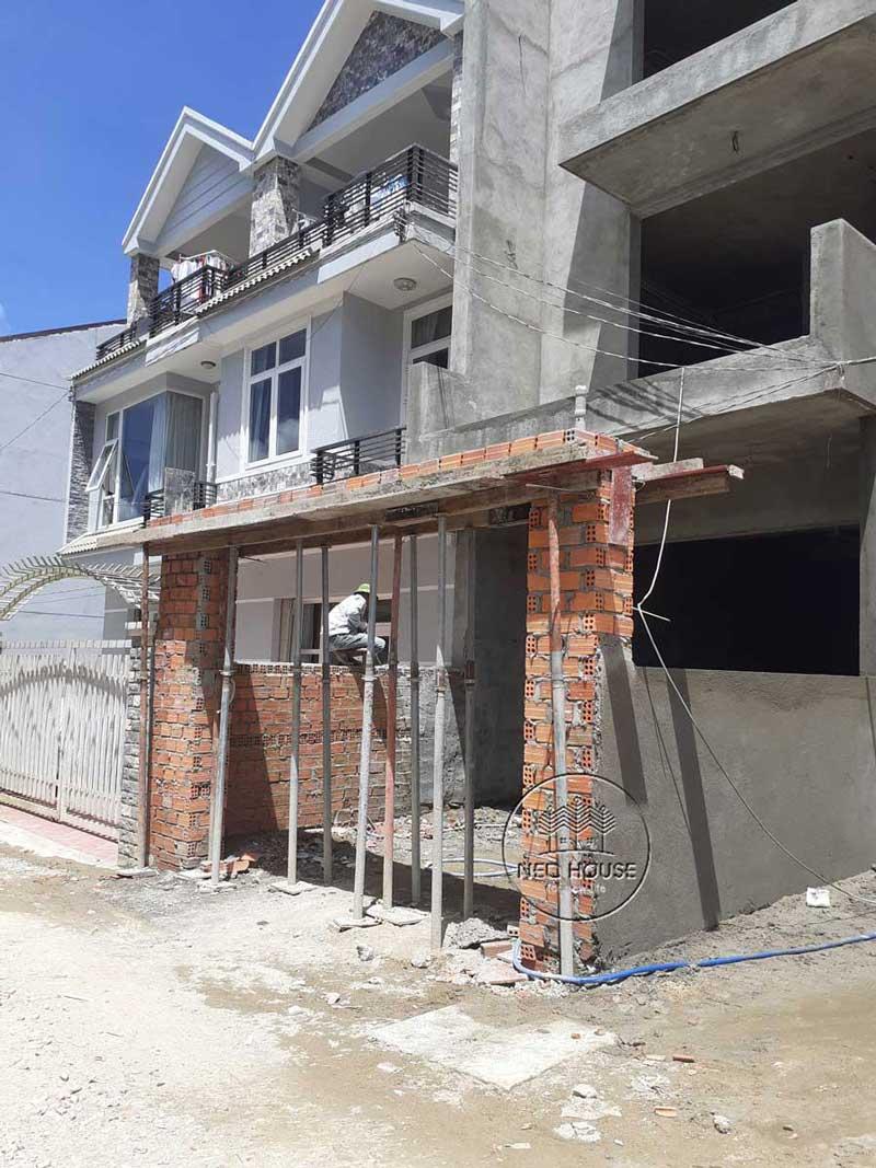 Thi công nhà phố trọn gói với công đoạn hoàn thiện phần thô. Ảnh 6